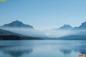 แม่น้ำกว้างใหญ่ วิวภูเขาสูง